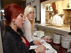 Rotes Restaurants Besitzer erhält Arschfick
