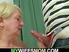 Ritrova materno - cognato nudo e la scopa