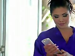 London Keyes In A Hot Massage.