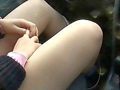 Amateur Handjob Teen in Car