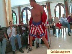 Mit Muskeln Typen bekommt den Arsch umrandet Teil4