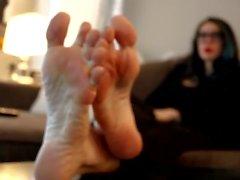 Feet 80