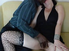 Found this sexy mother from sexymilfdate