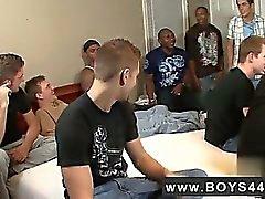 Película Gay Si Devon oír un vídeo de Bukkake Niños se estaba RP