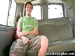 Heetste gay guy rijdt lul met zijn strakke kont