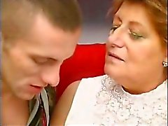 Cachondo la abuela Looks for Lover - Escena 3 de