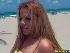 Brazilian bikini babe Cynthia Lopez gives head in public