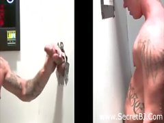 Gloryhole tattooed gay sucks straight guy&#039_s cock