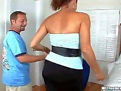 Curvy latina MILF gets nailed in bedroom