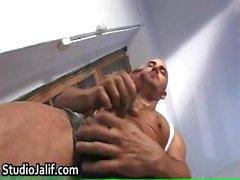 Kaslı homoseksüel Eğer yama parçası Yenier jerking part2