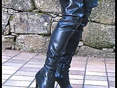 Rubber thigh boots