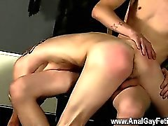 Spanked pornô de Garoto alegres sugo