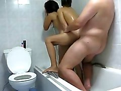 guy with 2 thai hookers in the shower homemade
