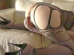 Mature white freaky housewife loves anal sex as well