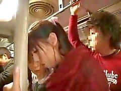 Mutter und Tochter Bussfahrt