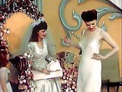 Cru de mariée Lingerie féminine Défilé