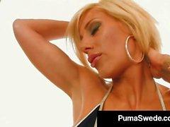 Pictoa Busty Blonde Beauté Puma Suédois Finger Bangs Avec Miss Stylez