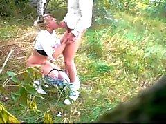 sexe dans les forêts