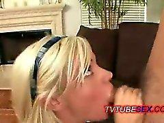 même sexy les jeunes schoolgirl blondasse