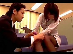 Office Lady In Pantyhose Getting Her Pussy Stimulated With Vibrator Riding On Guy Cock Cum To Leg On The Couch In The Office