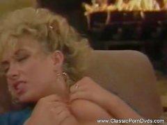 Blondin knullar på ett klassiskt sätt