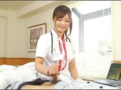 Nurse's handjob is embarrassing when eyes meet