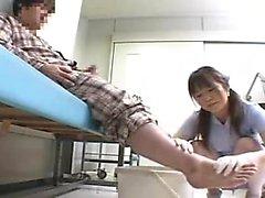 Infirmière asiatique: Baise Uniforme Anal Et en bas