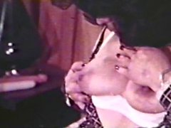 Lesbian Peepshow Loops 560 70s and 80s - Scene 1