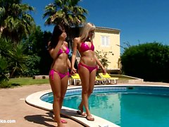 Bronzing Lovers by Sapphic Erotica - lesbian love porn with