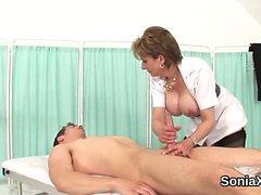 Unfaithful british mature lady sonia exposes her massive bal