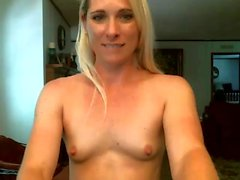 Blonde Bianca Masturbate herself in the front of the webcam