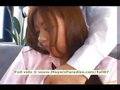 Miyu Хосино невиновные китайцы школьницей быть облизывал