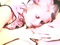 Lesbian Peepshow Loops 562 1970's - Scene 2