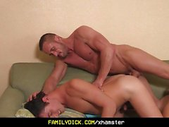 Angry muskel stepdad barebacks sin pretty boy son