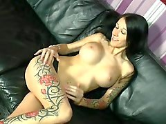 Let's fuck the horny inked sluts