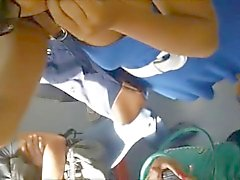 Debajo de la Falda'daki Y'nin apoyon tren 01