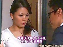 Miki Sato riktig asiatisk skönhet är en mogen