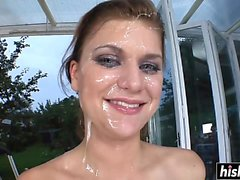 Face full of cum for a beauty