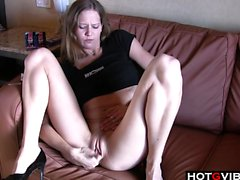 Slim cutie gives her pussy a fingering