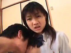 Belle étudiant asiatique avec petit seins obtient sa chatte poilue GenTL
