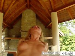 Ass Traffic Gilda gets double penetration swallowing two cum loads