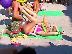 Plajda orgy