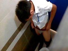 Hotboy in wc - Vietnam 8
