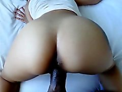 Cutie Jasmine Summers spreads her legs for large meat