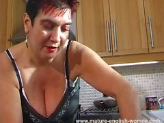 Mature English Lynne