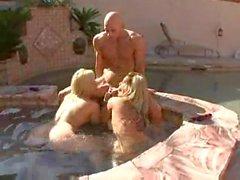 Wet Pool Threesome!