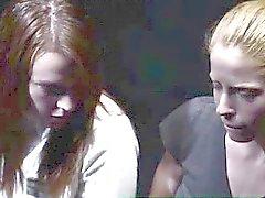Groupe des les voyeurs regardez de lesbiennes de mormons extraction