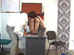 Santa Latina - Una caliente escena de sexo colombiano con una zorrita vestida de criada