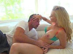 Blonde Kayden Kross Obtenir Nasty