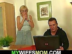 Fickt er Pornoliebevolle liebevollen Mutter -in-law